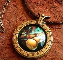 Брелок World of Warcraft  класс монах Monk  (Металл + стекло)